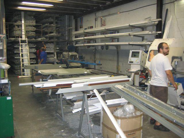 Fabrica de aluminio materiales de construcci n para la reparaci n - Fabrica muebles barcelona ...